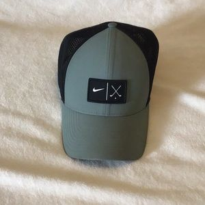 Nike Accessories - Nike men's golf hat size L/ XL